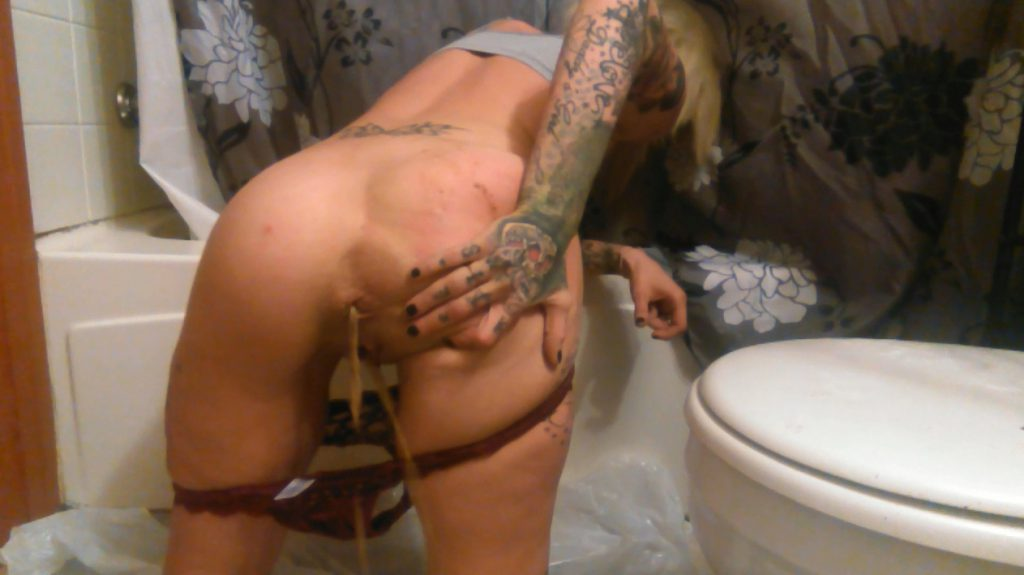 Milfy25 - Late Night Solo SCAT Party (HOOOOT) 2