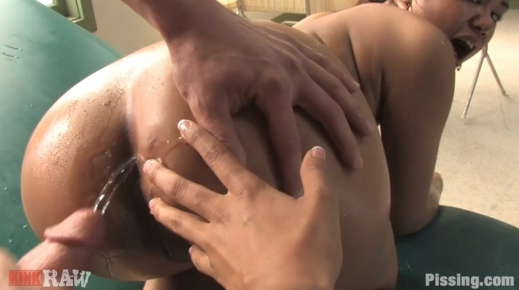 KinkRaw - Pissing in the Ass of Sexy Asian Chick [Pissing.com] img 3